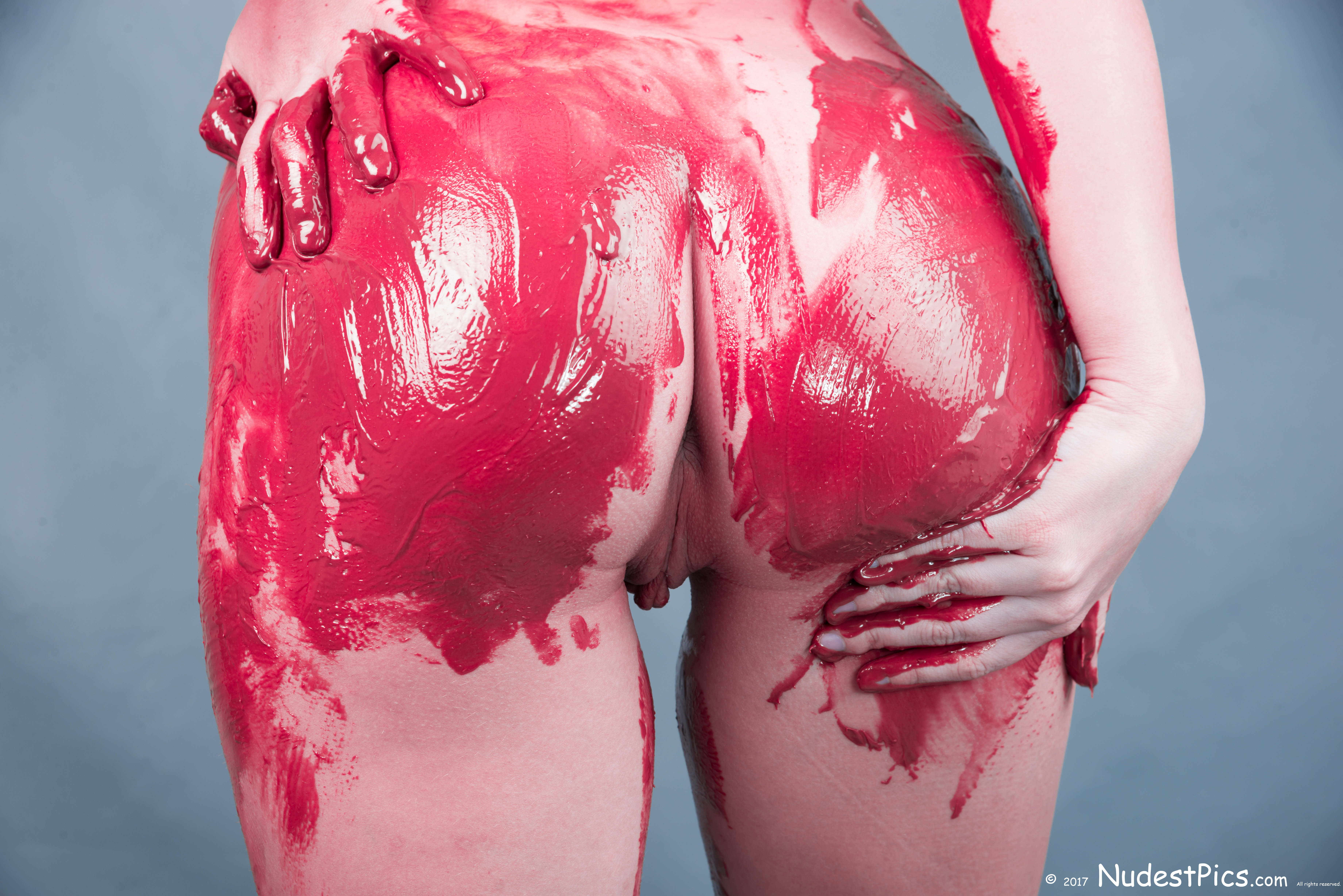 Red Painted Nude Butt Showing Pussy HD photo