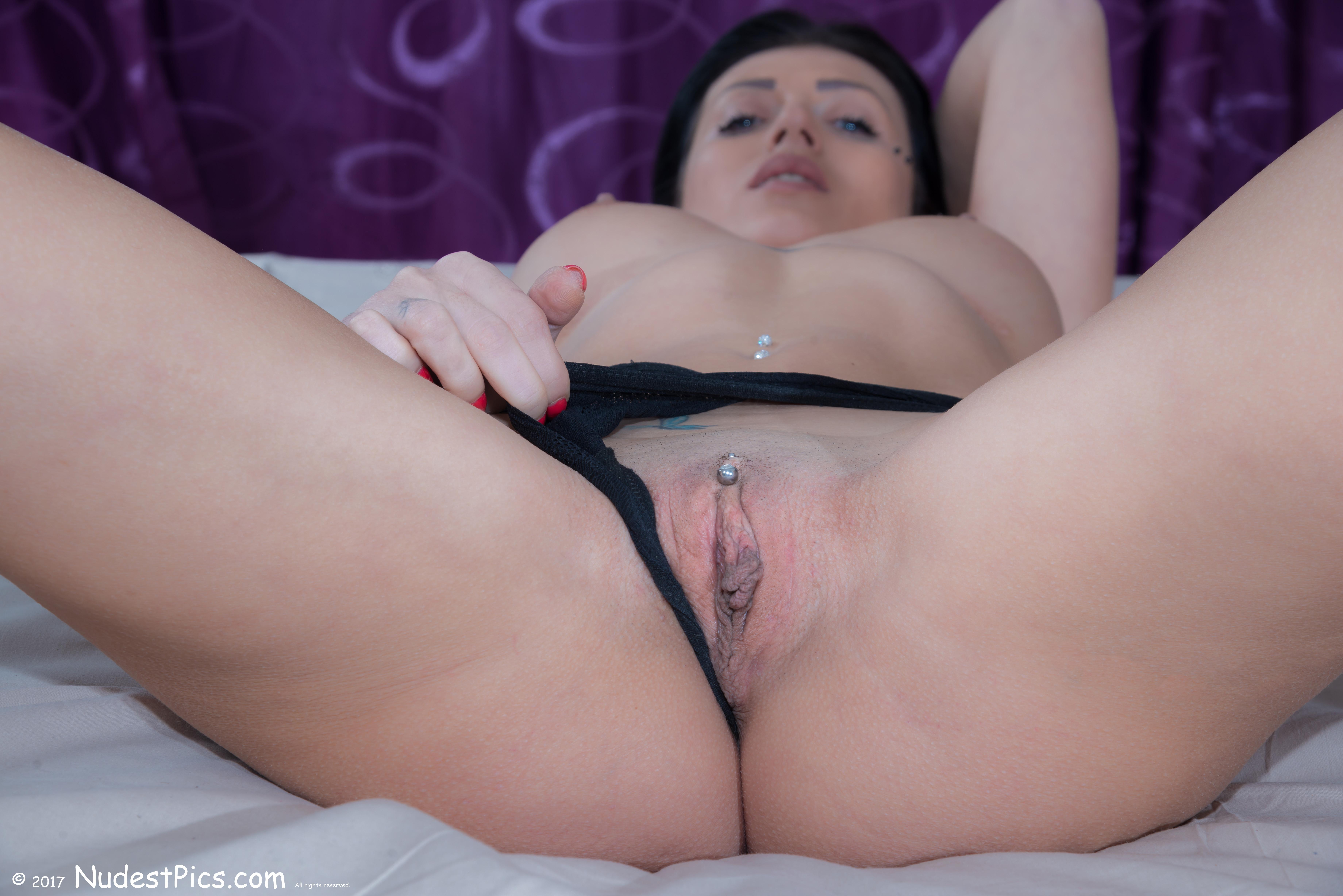 Busty Firm Woman Revealing Meaty Pussy HD