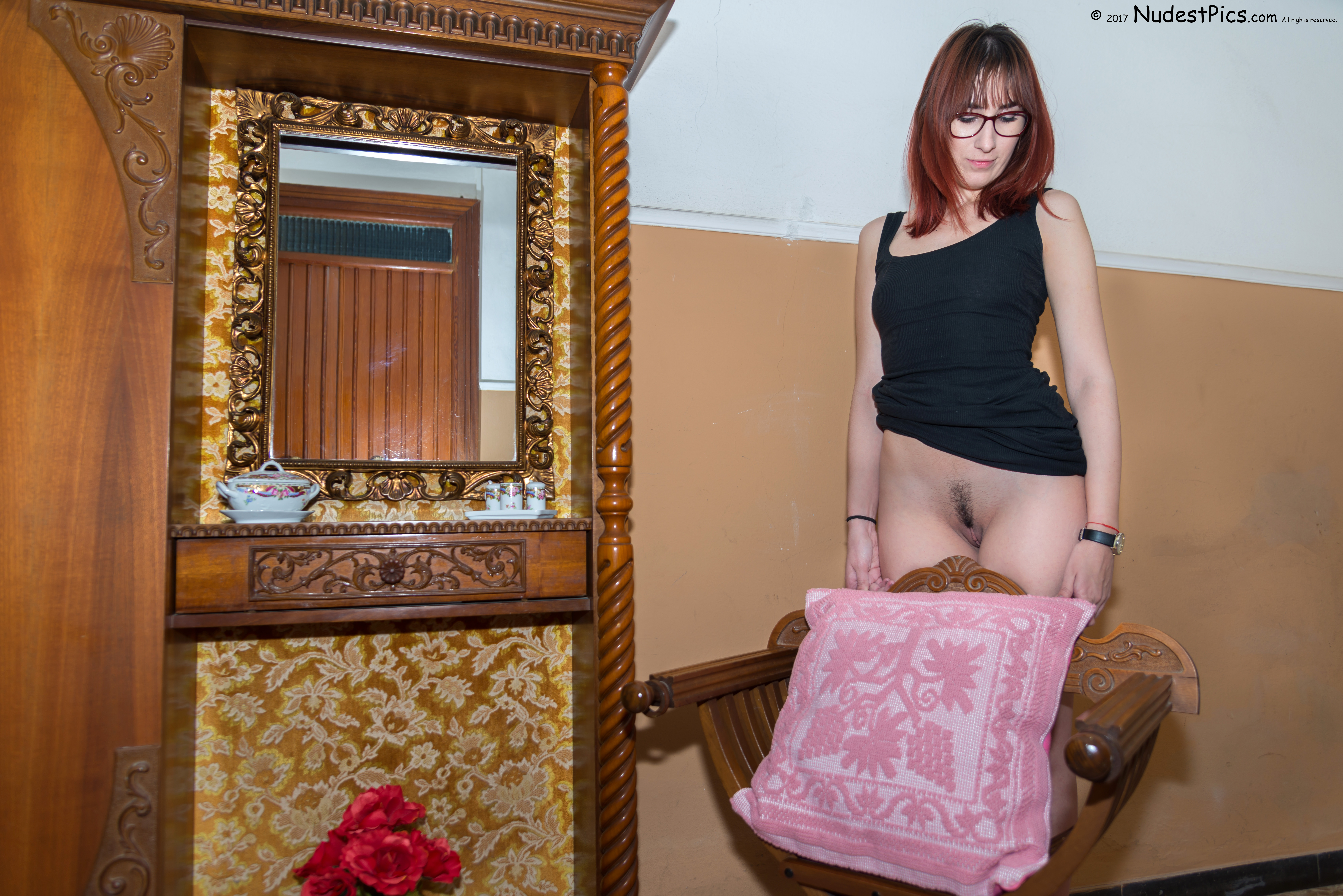 Servant Girl Pussy Waiting for Master HD