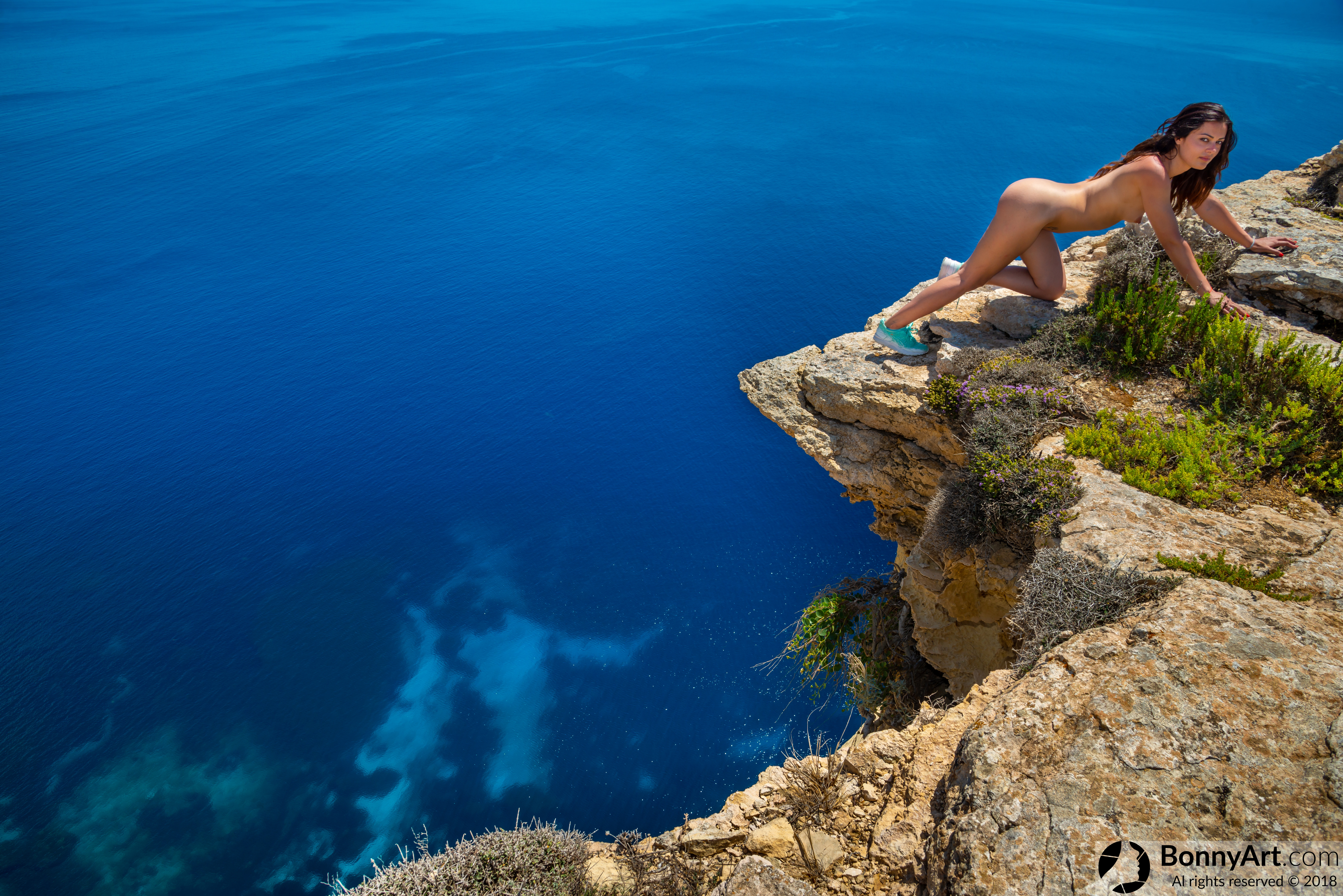 Naked Girl Workout on the Edge of the Abyss HD